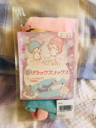 🚚 三麗鷗 日本🇯🇵帶回 雙子星五指襪