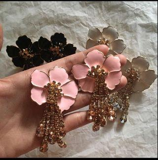 Hibiscus 🌺 Stone Earrings