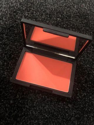Sleek blush- life's a peach