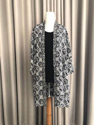 NEW Outer Model Kimono Motif Ayam