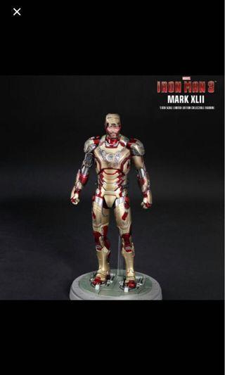 Hot toys iron man mk 42
