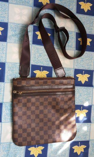 LV crossbag