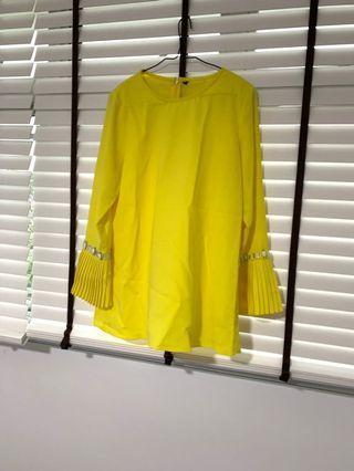 🚚 Yellow Saloma Baju Kurung