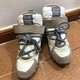 真皮韓國增高型格休閑鞋