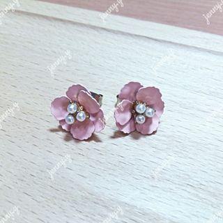 韓國製 | 立體花朵砝瑯針式耳環(全新) 正韓