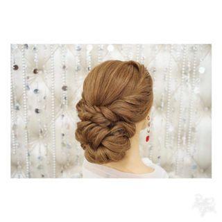 🚚 Bridal hairstyle