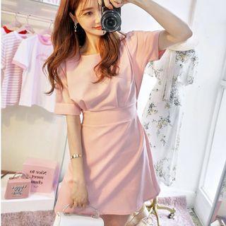 轉賣 CHUU 粉色洋裝