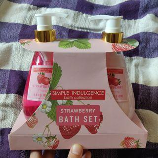 Strawberry Bath Gift Set - Body Lotion and Hand Wash