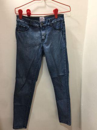 Size M pants