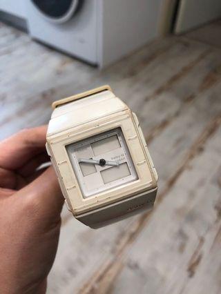 BABY-G BGA200白色手錶   #半價衣服拍賣會