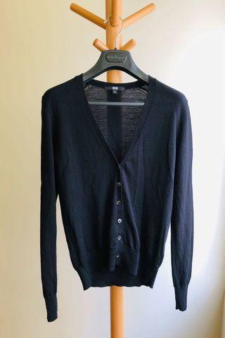 UNIQLO 羊毛V領針織衫 #半價衣服拍賣會