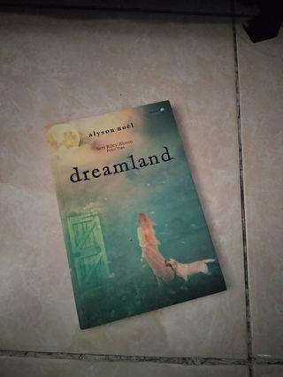 Novel Dreamland