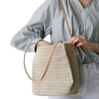 🚚 Rattan Hand Bag