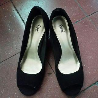 Fioni open toe shoes