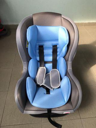 SWEET CHERRY CARSEAT 10/10 CONDITION