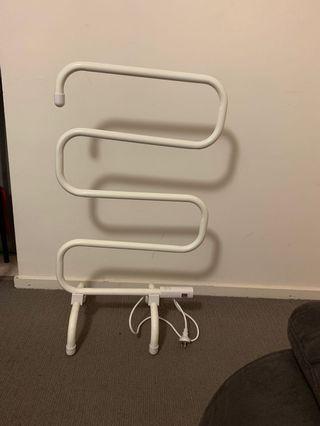 Towel rails electric
