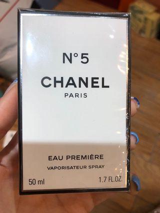 Chanel 香水 N5 eau premiere