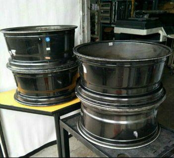 "18"" Car Wheel 5 port for sale @600 per set"