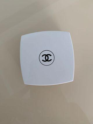 Chanel 氣墊粉底