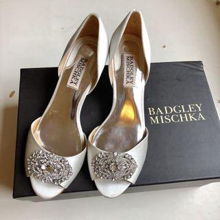 Badgley Mischka 2 inch heel