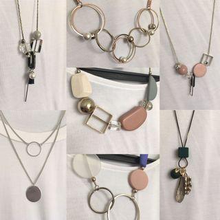 $60 ,12條頸鏈Necklaces