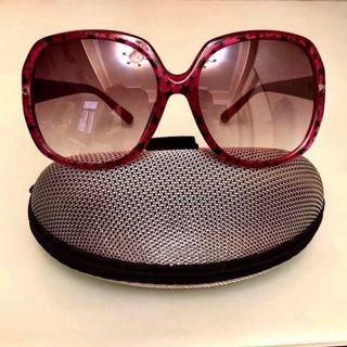 Price down🔥Trendy Sunglasses 😎 Like New