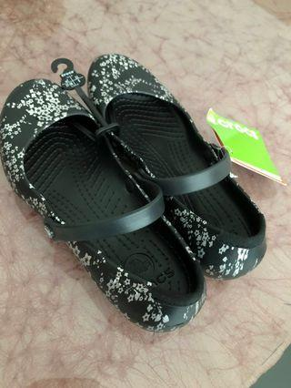 💯% Crocs. BEST DEAL. Rm88 only!!!