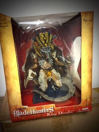 McFarlane Blade Hunters King Draako Dragon Deluex Box Set