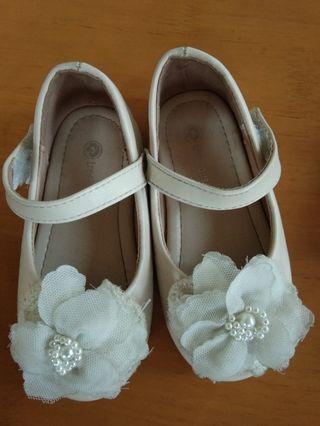 Sepatu anak uk. no. 22