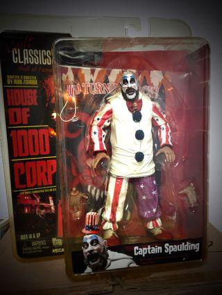 House of 1000 corpses 8 doll figure clothed retro series -captain spaulding