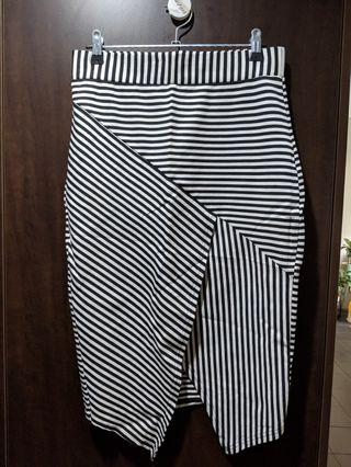 Portmans fitted skirt size 10