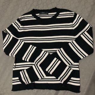 Stripes knit BW