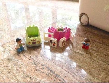 LEGO Ice Cream Truck set
