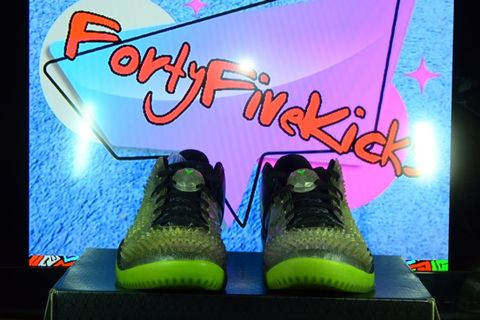 cheaper b1564 a4904 Nike Kobe 8 System SS Xmas edition 2013 Grinch DS
