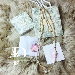 Dior珍珠三葉草長頸鍊