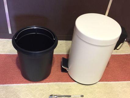 🎁搬家出清🎁IKEA 垃圾桶(附內筒)