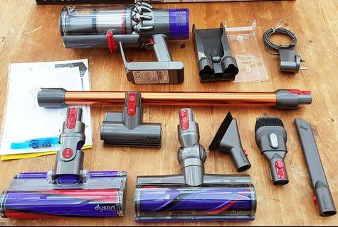Dyson absolute v10 +