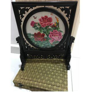 China Double Sided Embroidery Home Decor