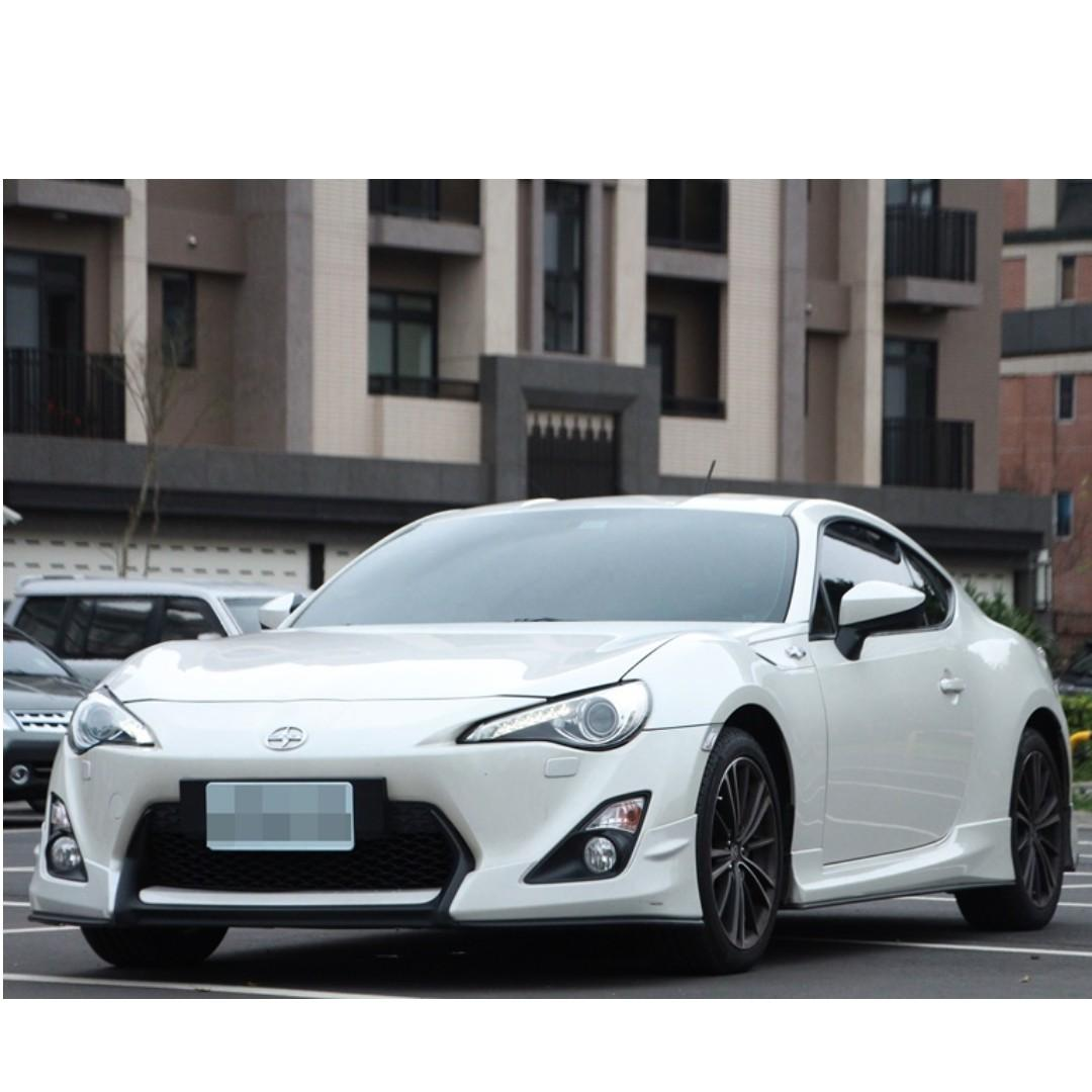 2013 Toyota 86 2.0 白 FB搜尋 : 『阿文の圓夢車坊』