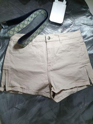 Second Hand [80% new] Shorts Size 27