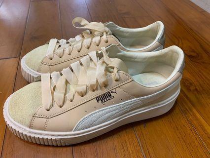 🚚 8成新。PUMA乾燥玫瑰粉細緞帶鞋。日本購入$3800,台灣只有粗緞帶喔現在出售價只要$900