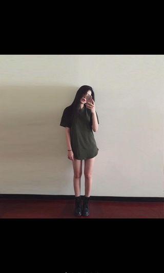 軍綠色oversize上衣