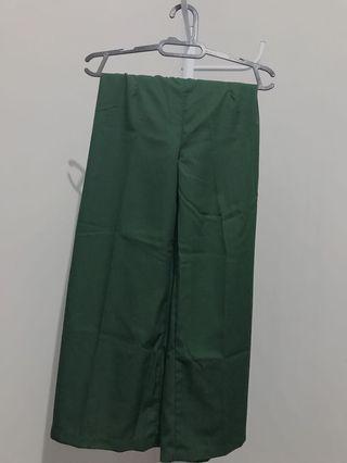 celana kulot hijau tua