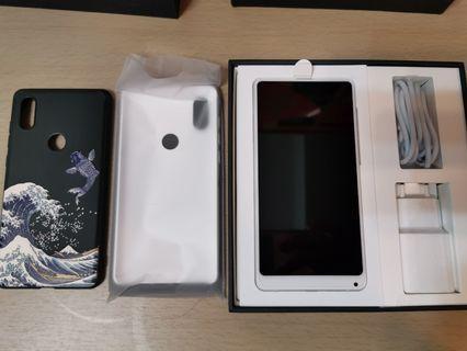 99.99%新 Xiaomi mix 2s 6+128gb 白色 國際版 full set (not 小米 mix 3)