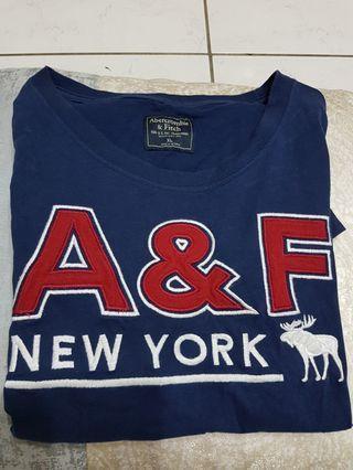 A&F T-shirt XL