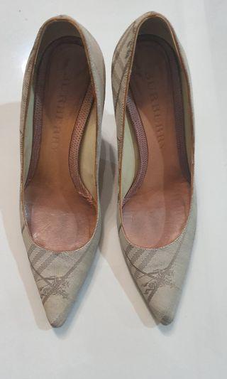 Burberry Original ladies shoes