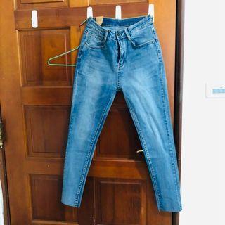 🚚 不修邊修身長褲 28 #半價衣服拍賣會