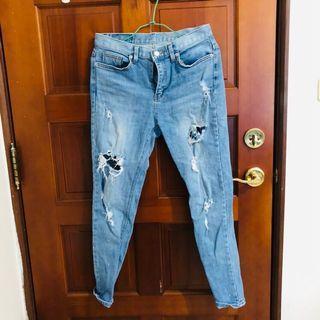 🚚 正韓刷破牛仔褲 #半價衣服拍賣會