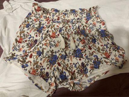 American Eagle 民族短褲