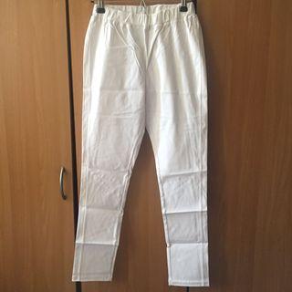 純白色素面素色 鬆緊褲頭百搭彈力彈性窄管褲。M號 #半價衣服拍賣會